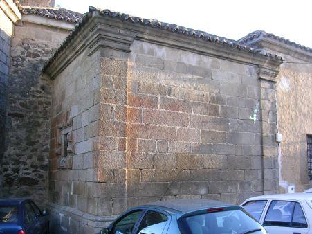 Exterior de la sacristía de Hinojosa