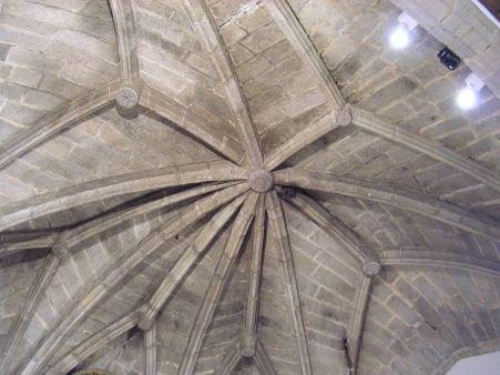 Bóveda de crucería de la cabecera de la iglesia de Hinojosa