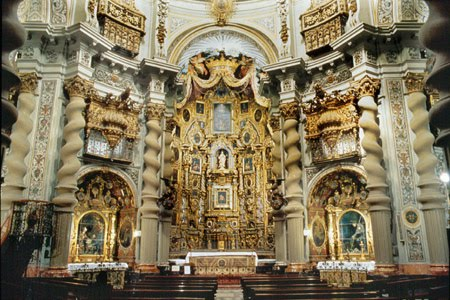 interio-iglesia