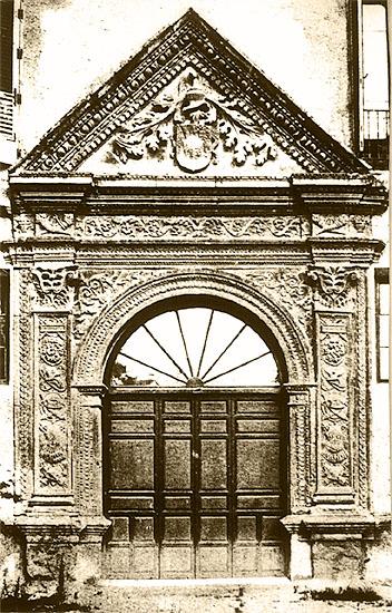 Portada Palacio Antonio de Mendoza