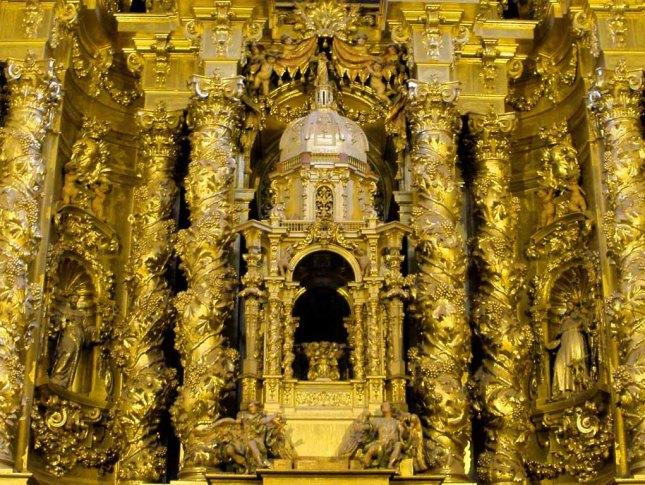 churriguera_retablo_san_esteban_detalle