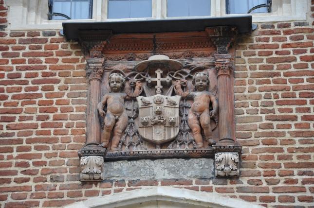 Escudo Hampton Court Palace